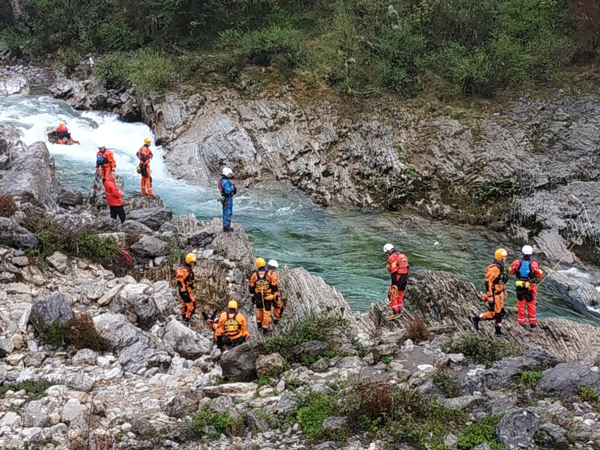 Training and exercise on protection and rescue in case of floods for rescue services from Montenegro and Albania